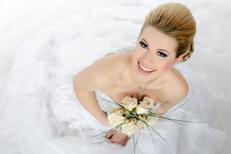 Preparação cosmética para o dia do casamento