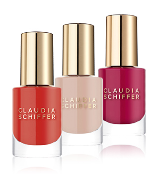 Claudia Schiffer Make Up Unhas