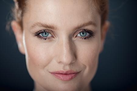Pontos em vez de linhas – nova tendência chamada Dot make-up